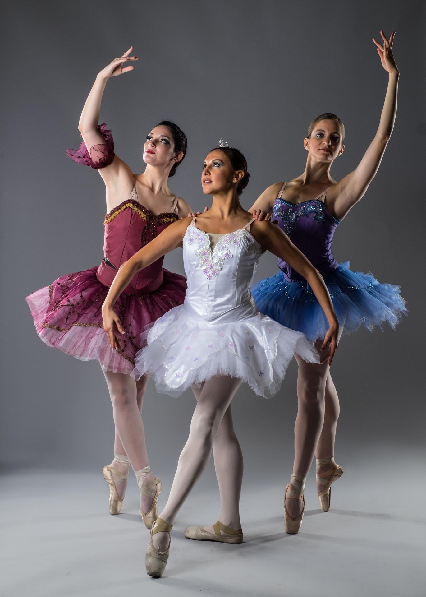 Ballerinas X T1 And Phottix Indra Lights Fujilove